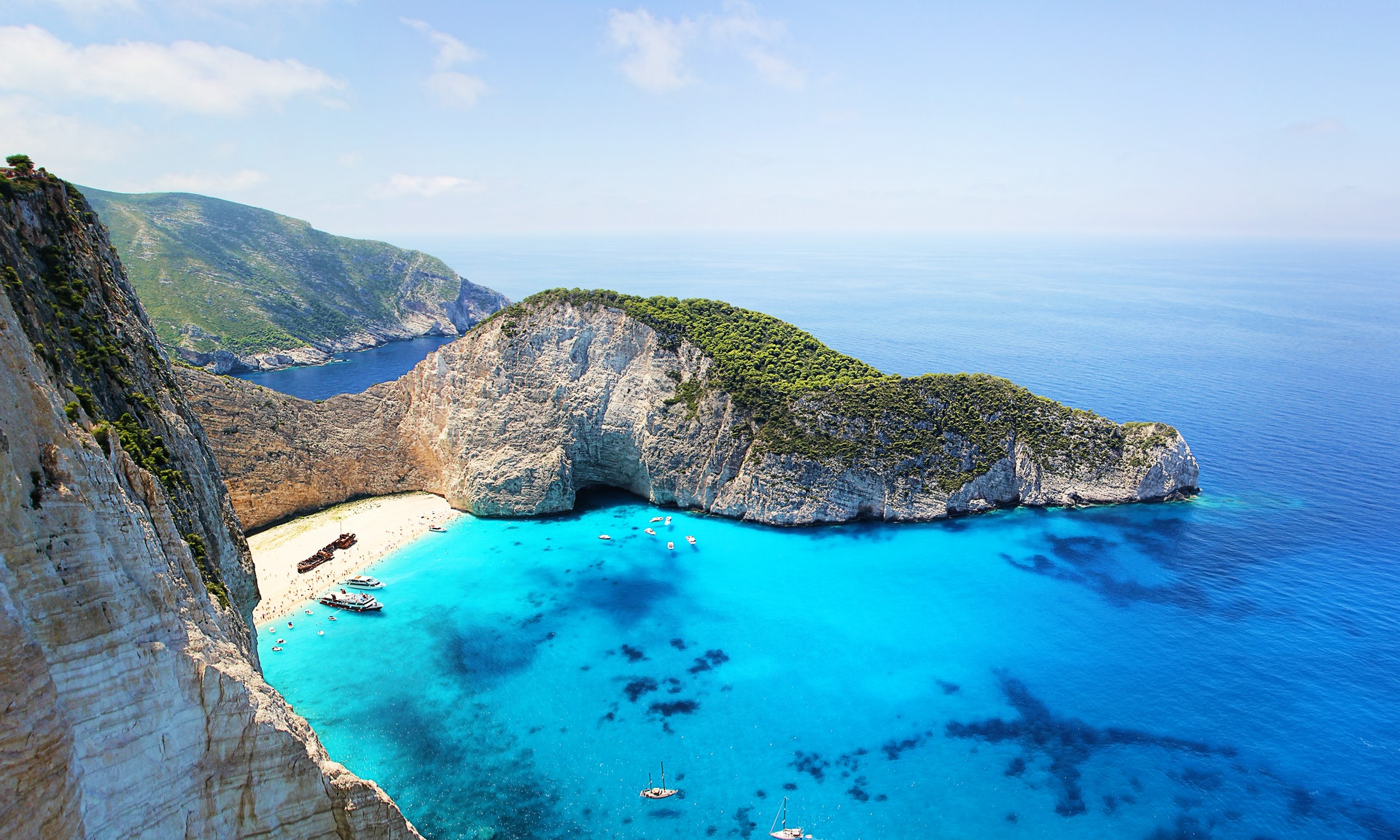 Which of the Cyclades Islands in Greece should you visit